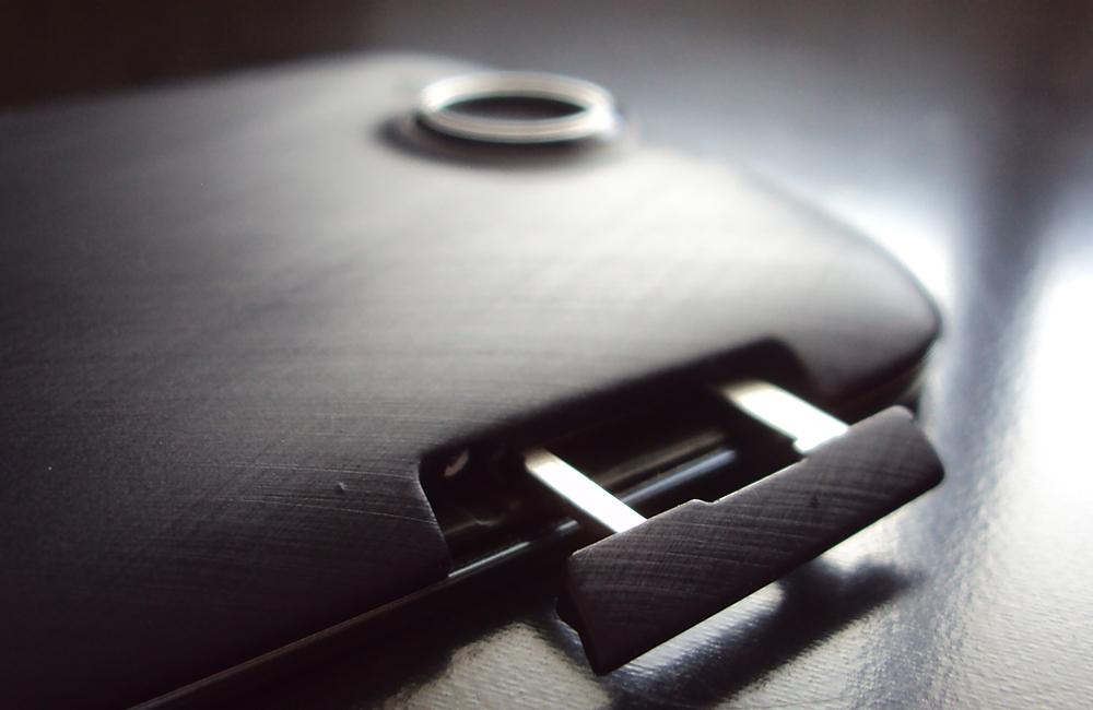Acer Liquid Jade S - sloty na dve SIM karty alebo SIM + microSD
