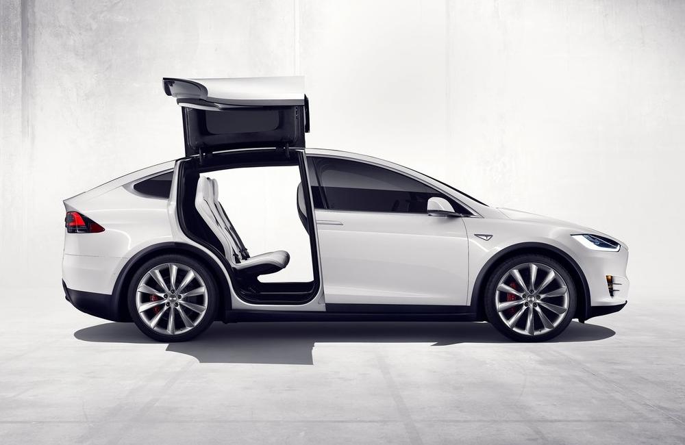 Tesla Model X - ecomoto.sk (6)