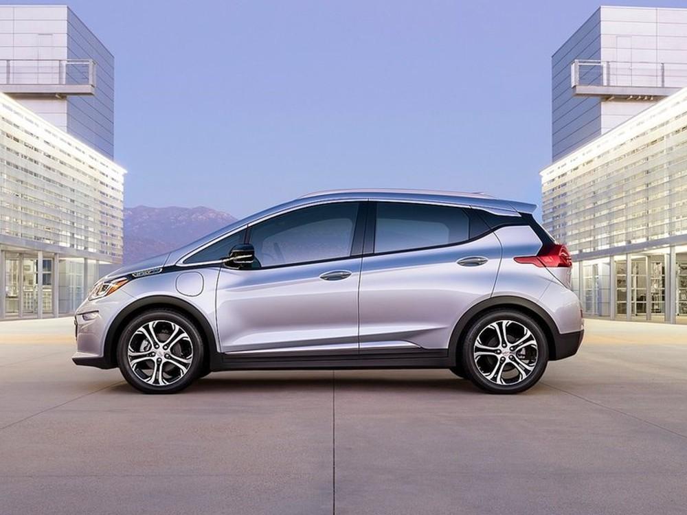 Chevrolet Bold EV 2017 (3)