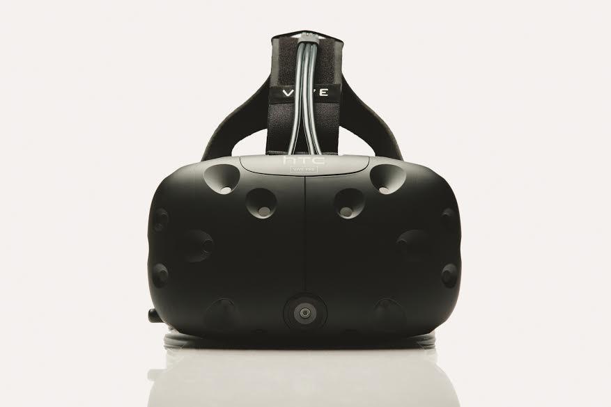 VR headset HTC Vive Pre
