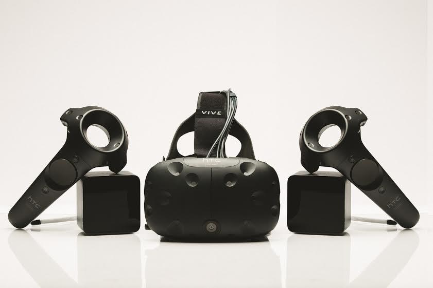 Predajná podoba VR headsetu HTC Vive