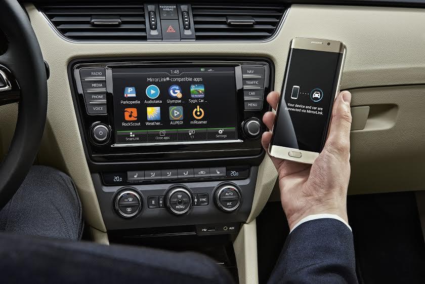 Škoda Wireless MirrorLink (zdroj: Škoda)
