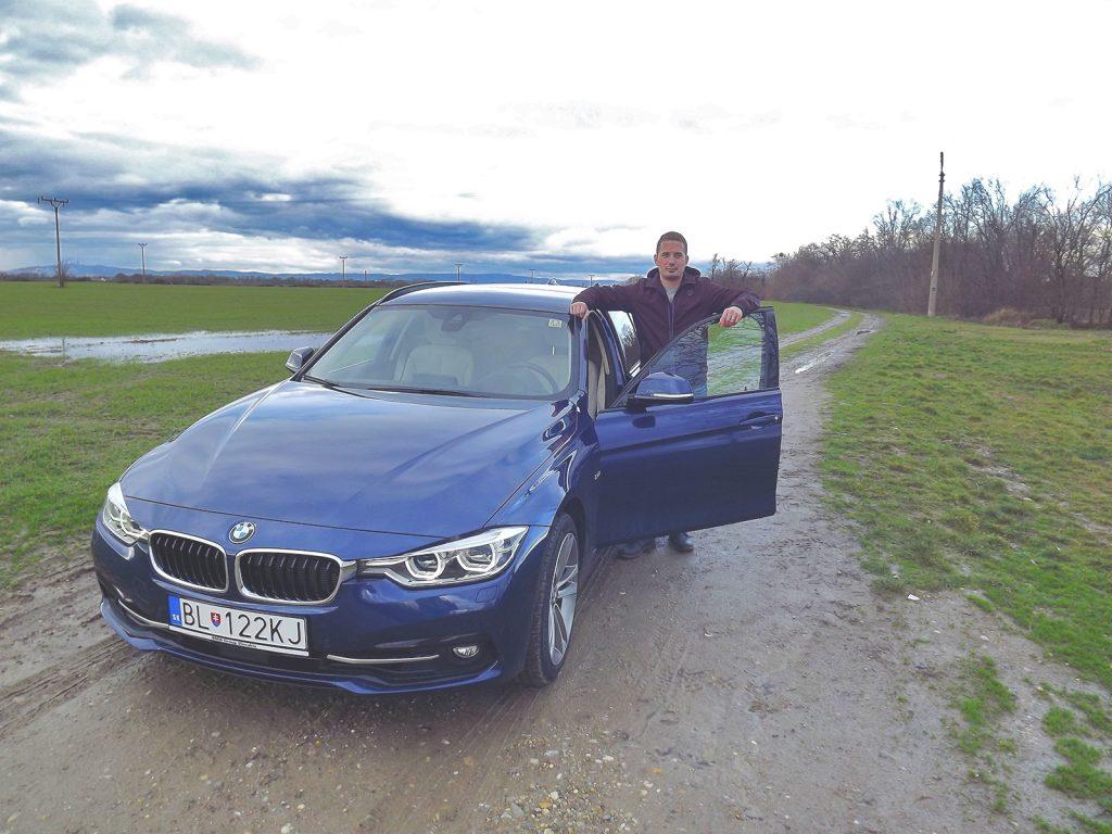 BMW 330d xDrive Touring a autor článku Erik Stríž (test 2016/02, foto: striz.sk)